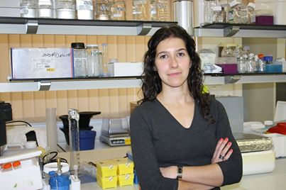 Diana Gaspar Researcher at the IMM-FMUL [Institute of Molecular Medicine of the Faculty of Medicine of the University of Lisbon] is awarded a research grant by the Associação Laço to study brain metastasis.